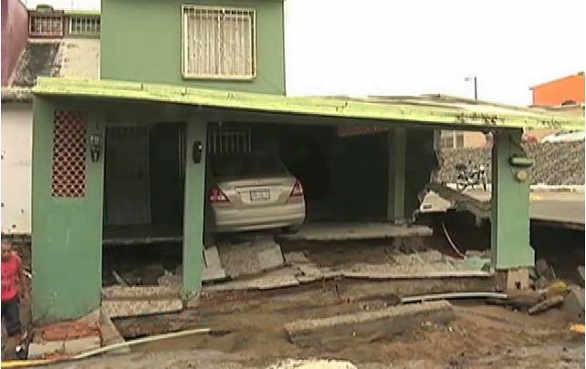 Dos viviendas dañadas por hundimiento en unidad habitacional