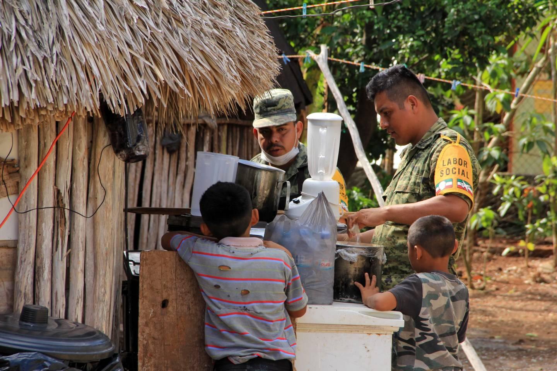 XXVI Zona Militar realiza trabajo social en Ixhuacán de los Reyes
