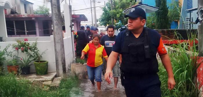Activa Policía Estatal Plan Tajín ante inundaciones en el norte del estado