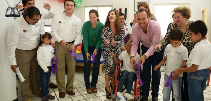 Inauguran DIF estatal y municipal, Unidad Básica de Rehabilitación en Fortín