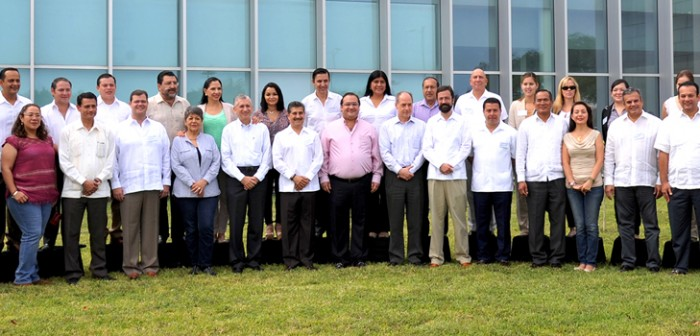 Se reúne Javier Duarte con la Comisión Especial de la Industria Automotriz y del Acero del Congreso de la Unión