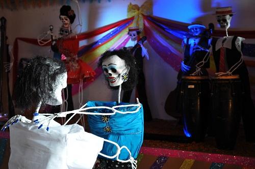 Invitan a taller de catrinas de maché, en Xalapa
