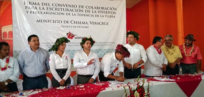 Beneficia convenio de escrituración a 8 mil habitantes de Chalma