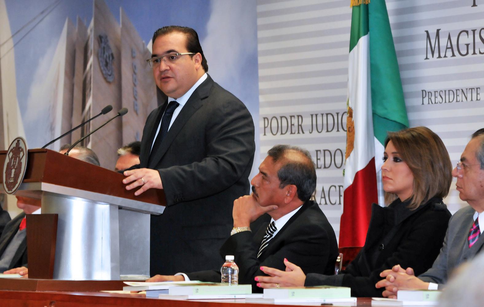 Veracruz, con la oportunidad histórica de fundar una sociedad más justa: Javier Duarte