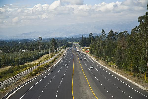El próximo año iniciará la construcción de autopista de seis carriles Xalapa-Córdoba