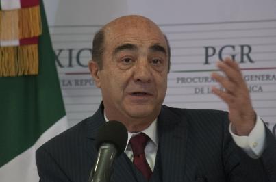 Presenta PGR a tres nuevos detenidos relacionados con caso Ayotzinapa