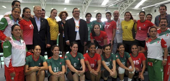 Cuenta Veracruz con instalaciones deportivas de primer nivel: Javier Duarte de Ochoa