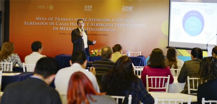 Expone DIF estatal programas de atención a jóvenes en foro internacional