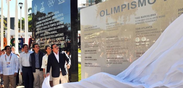 Devela gobernador Javier Duarte Muro al Olimpismo Veracruzano