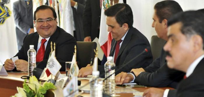 Felicita Conago a Javier Duarte por excelente organización de los JCC Veracruz 2014
