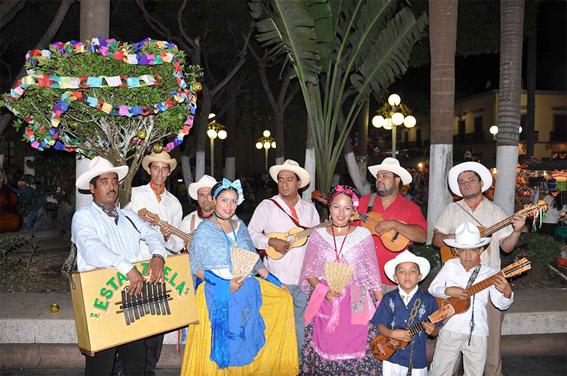 El Ayuntamiento de Veracruz preserva tradición de la rama