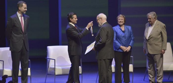 Asiste gobernador Javier Duarte a la entrega del Premio México de Ciencia y Tecnología