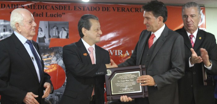 Con Jornadas Médicas, celebra CEM 25 años de brindar servicio