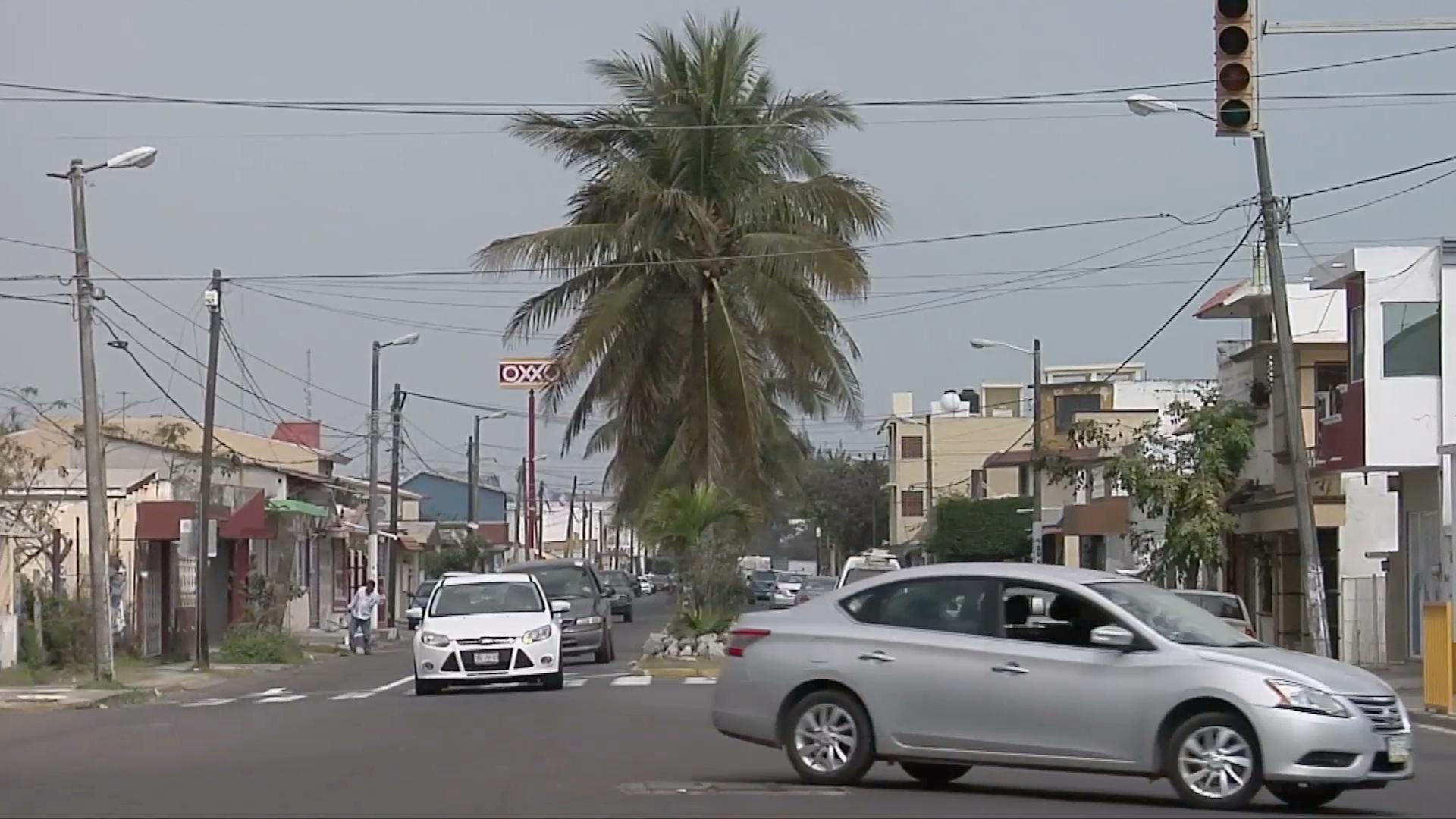 Vecinos reportan cuatro semáforos descompuestos en el fraccionamiento Floresta