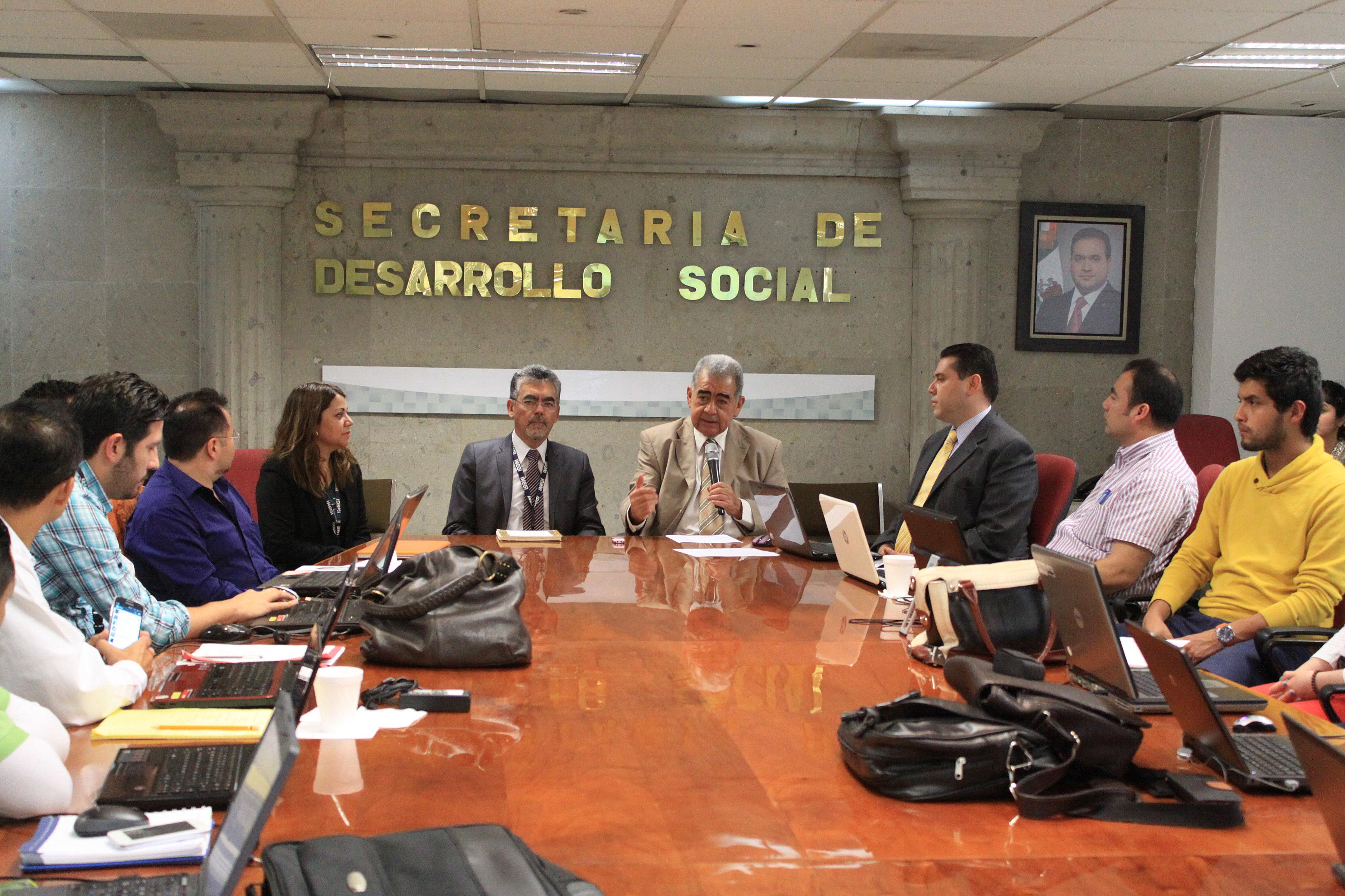 Realizan Sedesol e Inegi taller sobre Mapa digital de escritorio de México