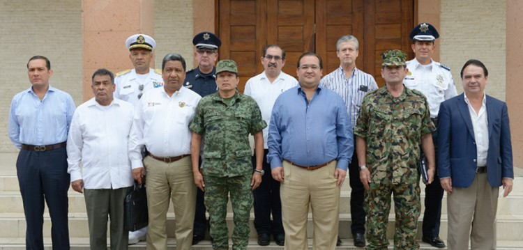 Encabeza Javier Duarte sesión del Grupo Coordinación Veracruz, en Poza Rica