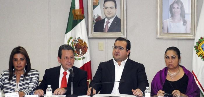 El bienestar de los veracruzanos, centro de nuestros esfuerzos: Javier Duarte