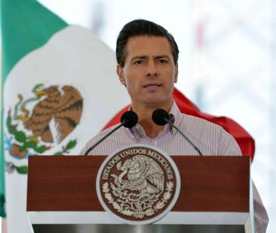 Llama el Presidente Peña Nieto a blindar a Pemex de la delincuencia organizada