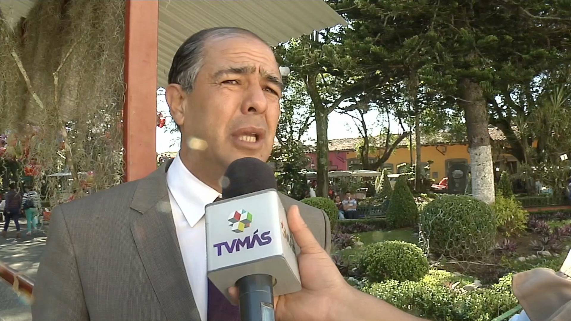 Abogado del alcalde de Coatepec solicita al Congreso iniciar el proceso de desafuero