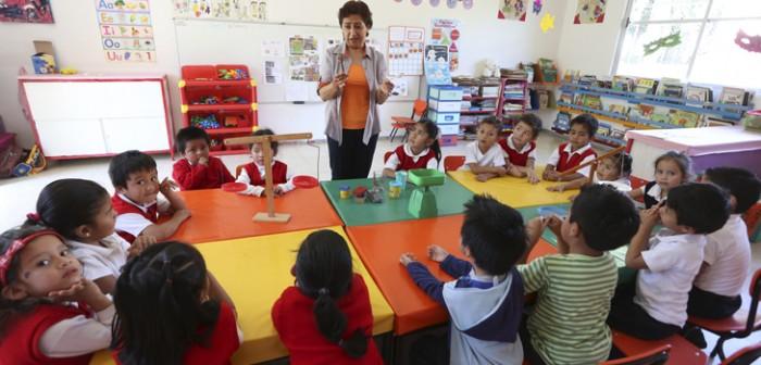 Centro de Actualización Magisterial ofrece diplomados para los maestros