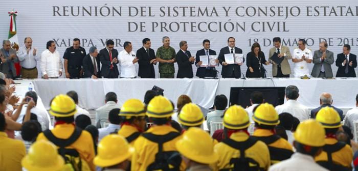Preside Javier Duarte tercera Reunión del Sistema y Consejo Estatal de Protección Civil