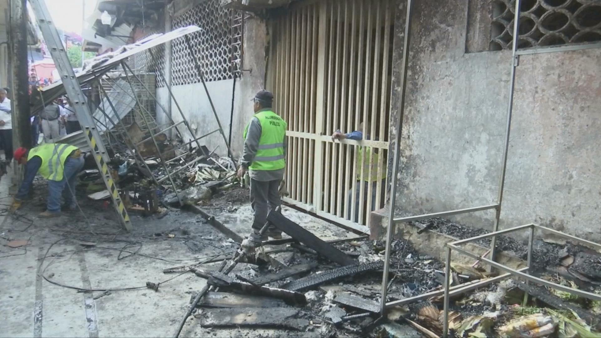 Locatarios del mercado Galeana piden reforzar seguridad para evitar otro incendio