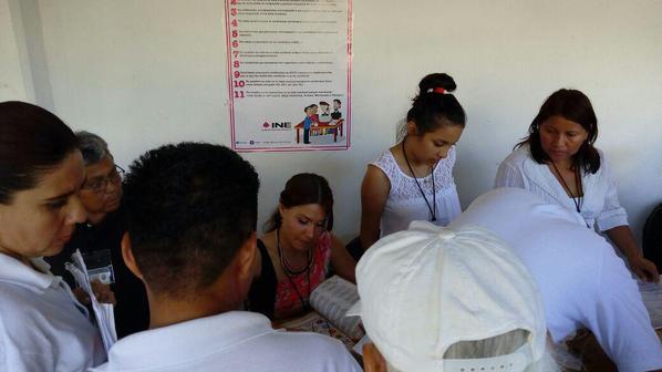 Inicia conteo de boletas en los distintos distritos electorales de Veracruz