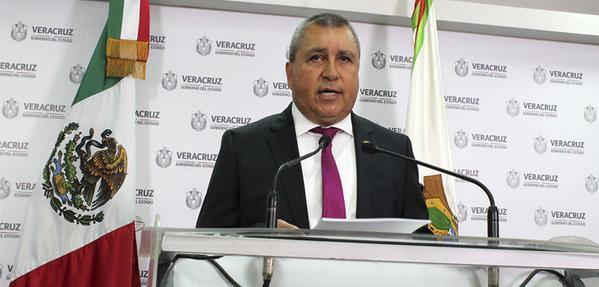 Anuncia CGE procedimientos administrativos contra 14 funcionarios y ex funcionarios de Veracruz
