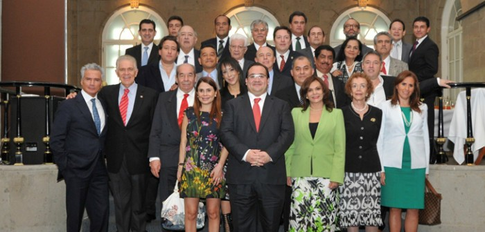 Se reúne Javier Duarte con veracruzanos en el Distrito Federal