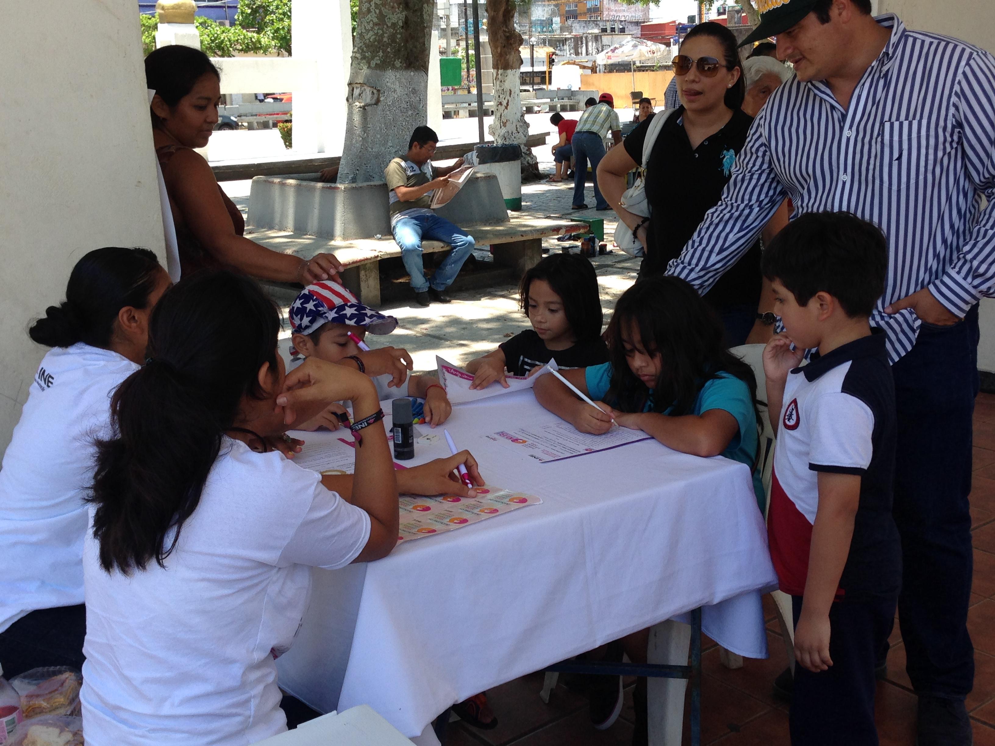 Los niños también fueron invitados a participar este 7 de Junio.