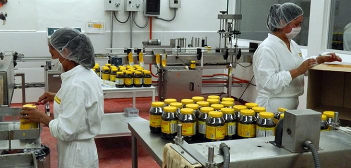 Buscan productores veracruzanos exportar mole y café a Canadá