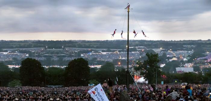 Ovacionan a Voladores de Papantla en Glastonbury