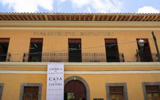 Imparte taller de grabado en Casa de la Cultura de Coatepec