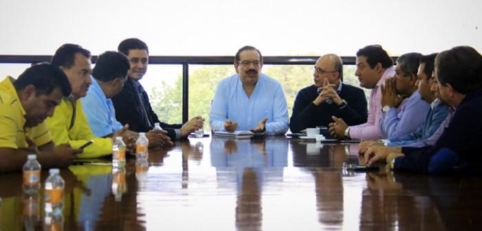 Deposita Sefiplan 40.8 millones de pesos a alcaldes
