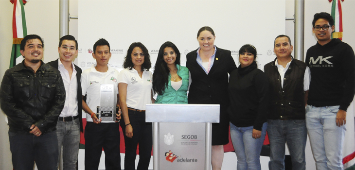 Cumple Veracruz con ganadores del Premio Estatal de la Juventud