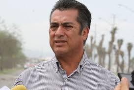 Jaime Rodríguez Calderón recaba firmas en Ciudad Juárez