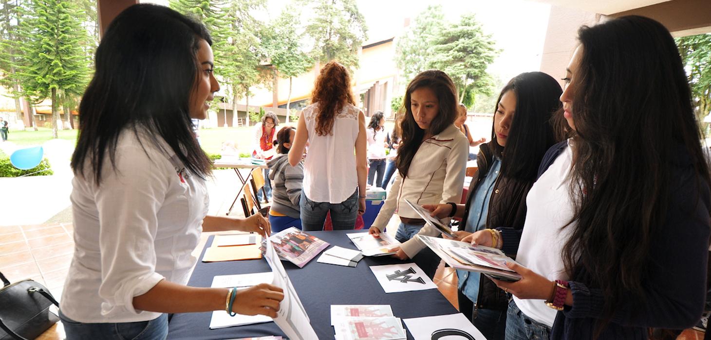Más jóvenes se informan sobre sus derechos sexuales y reproductivos