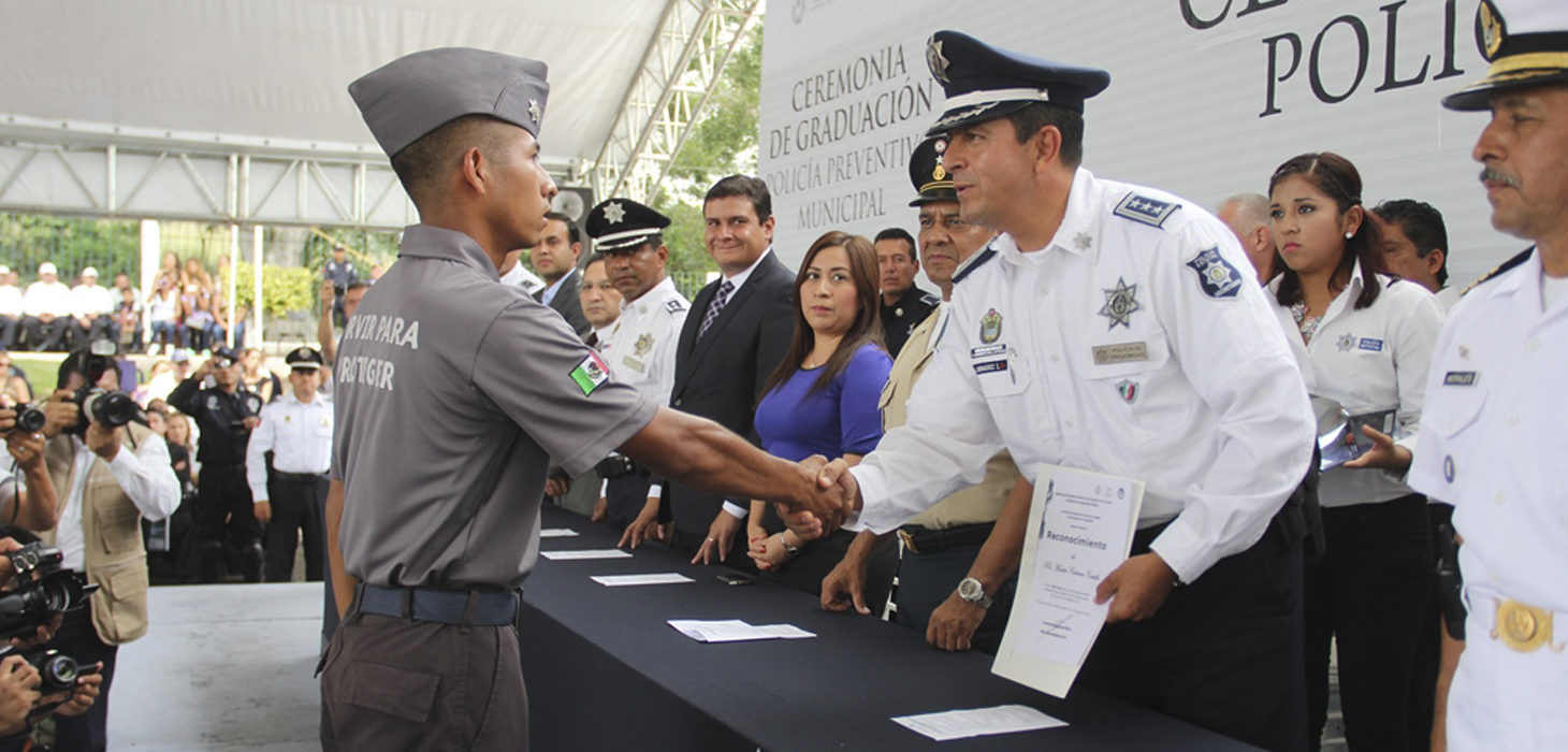 Se gradúan 272 elementos de cursos de formación policial