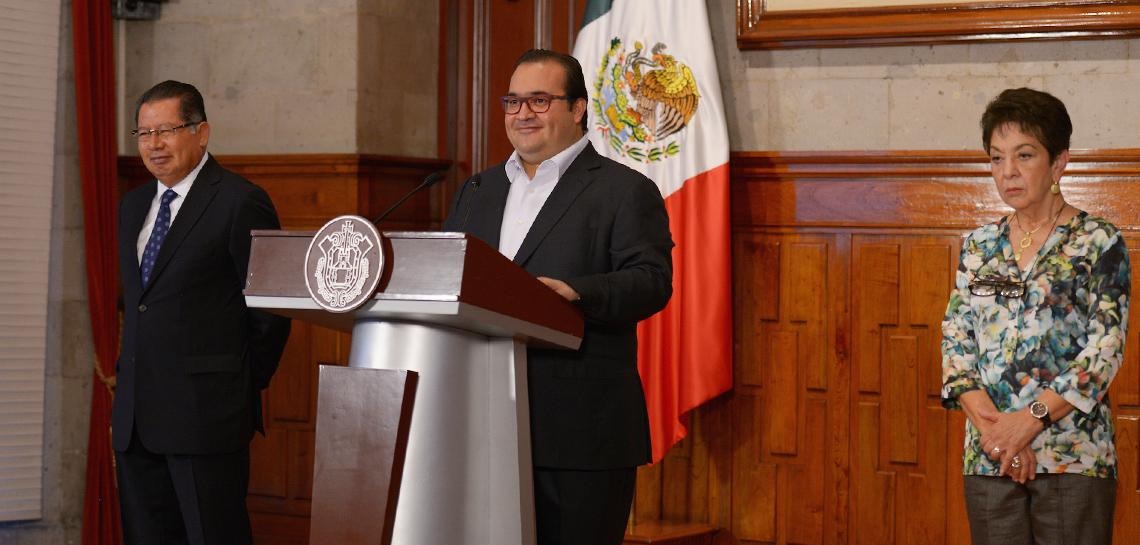 Anuncia Javier Duarte diez medidas para cumplir con la Reforma Educativa