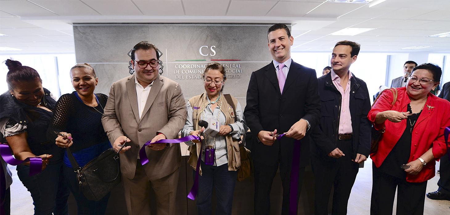 Inaugura Javier Duarte nuevas oficinas de la Coordinación General de Comunicación Social