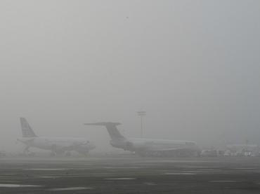 Se demoran vuelos por neblina en el aeropuerto Heriberto Jara
