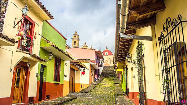 Promueven hermanamiento de Xalapa con ciudades de España y Estados Unidos de América