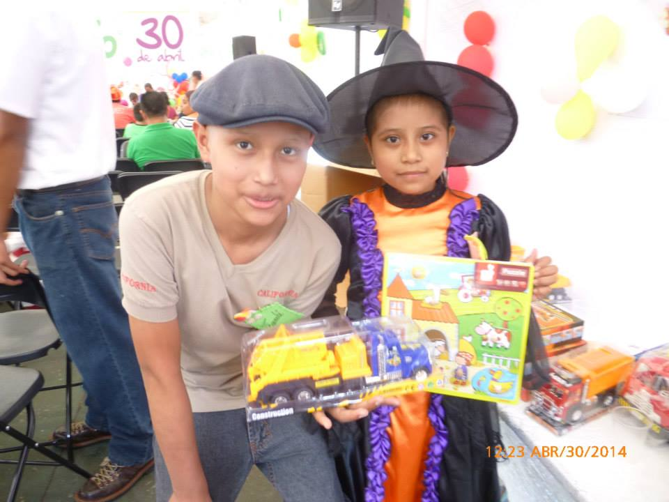 Invitan a donar un juguete para niños con cáncer