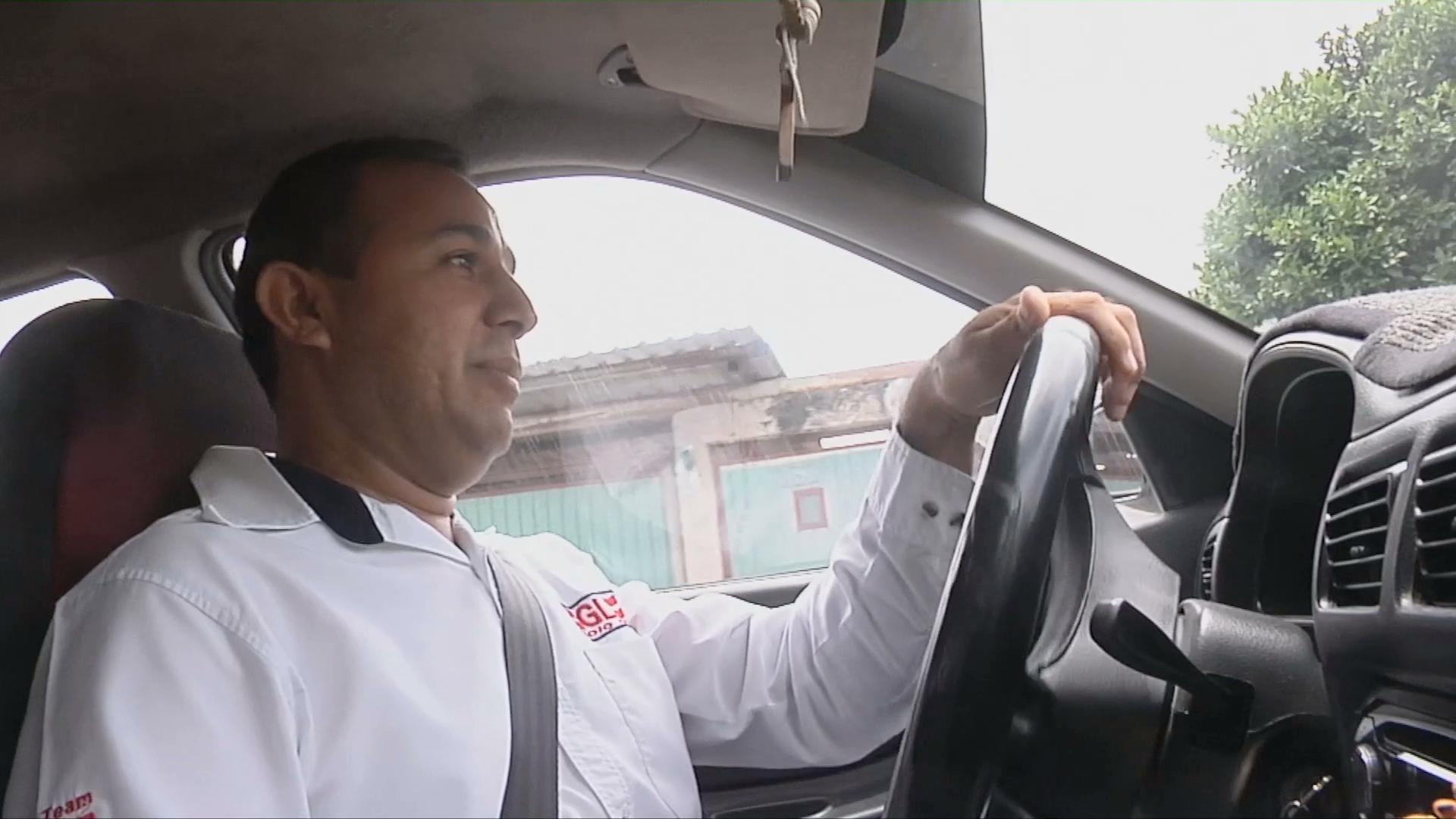 Mediante operativo se confirmará que conductores de taxis, coincidan con nombre registrado por concesionario