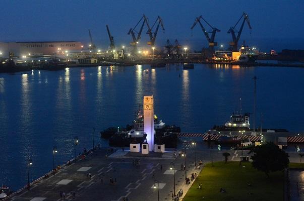 Olvidados, cuatro buques de Oceanografía en el puerto de Veracruz
