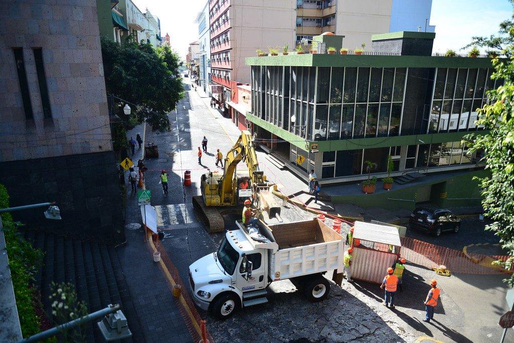 Con cierre total inició la rehabilitación de la calle Zaragoza, en Xalapa