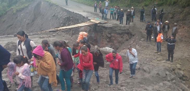Reporta SIOP daños en infraestructura carretera en 49 municipios veracruzanos, por paso de Earl