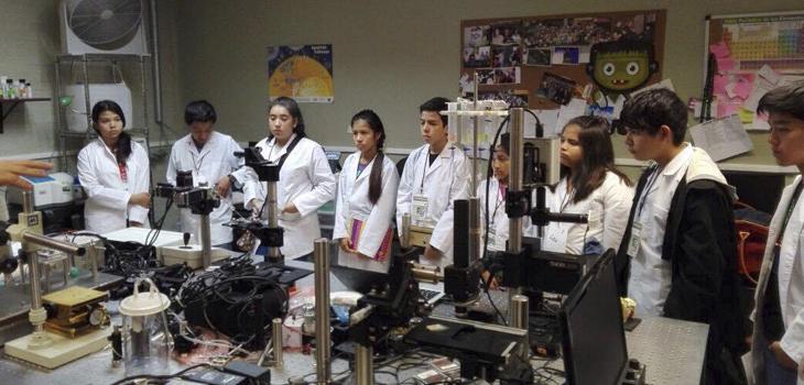 Niños y niñas veracruzanos aprenden a ser científicos por un día