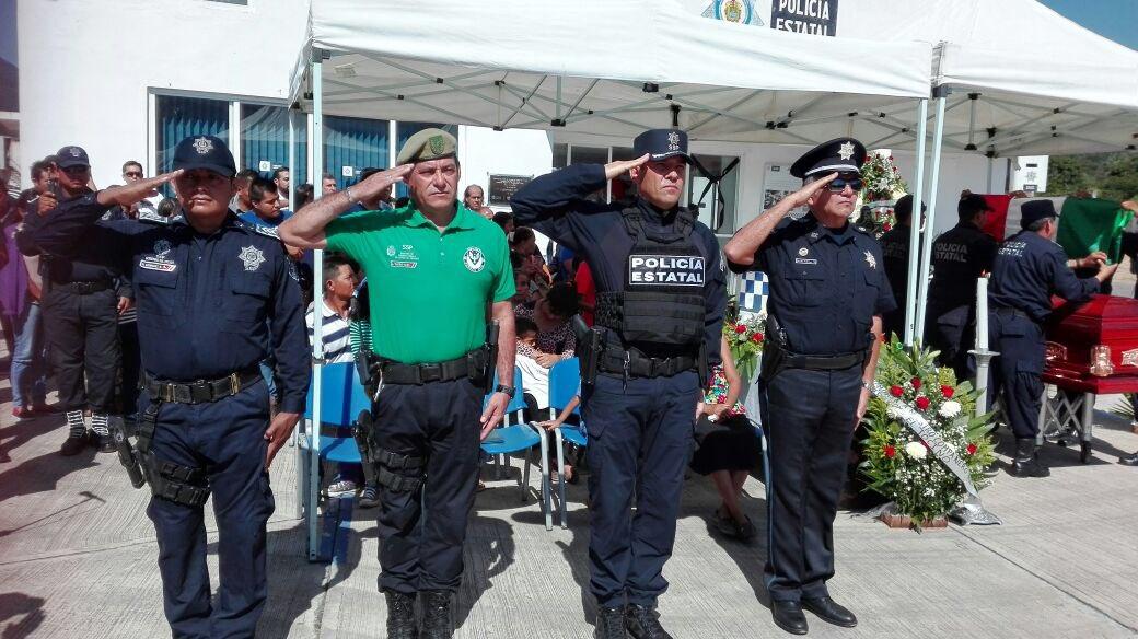 Despide SSP con honores a policía caído en cumplimiento de su deber