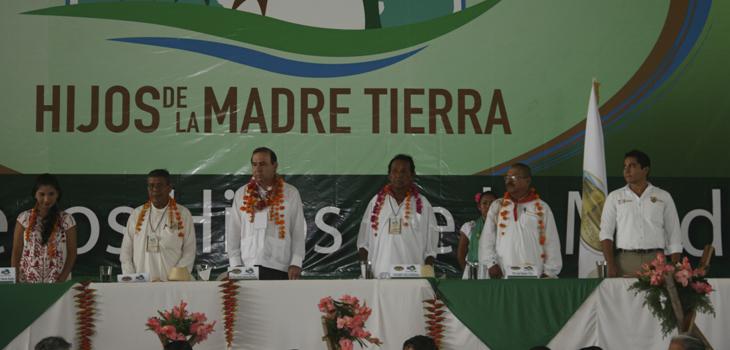Se reúnen pueblos originarios con Embajada Mundial de Activistas por la Paz, en el Totonacapan